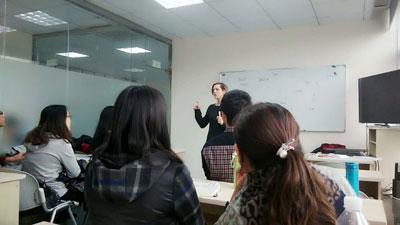青岛英华大教室