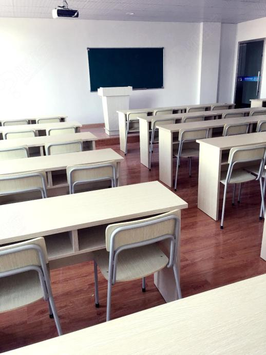 宁波杰诺职业培训学校的教室环境
