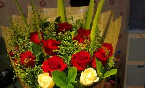 铁艺路引,罗马柱花艺;  赠送:高清花束花车图片,花艺视频
