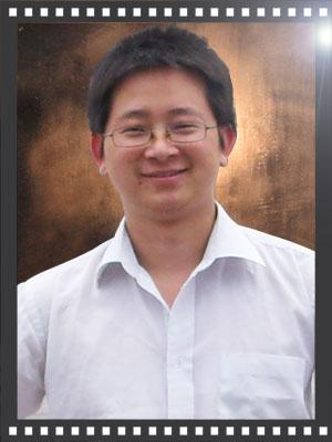 华南高级美术教师郑加春