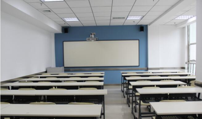 鲁班培训学校良好的学习环境
