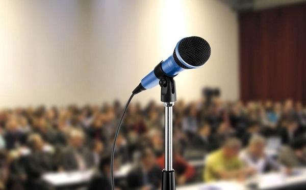 演讲中有没有什么小技巧不紧张
