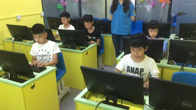 在线童程童美少儿编程培训学校