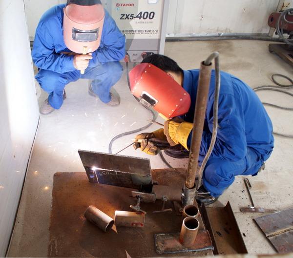 建筑电工、架子工、塔吊指挥(司机)等建筑特种人员培训