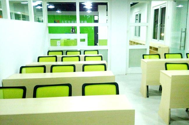 惠州大军电商美工设计培训学校