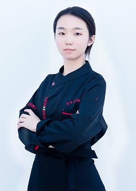 陳鑫 - 咖啡師、飲品師