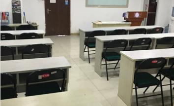 鄭州艾尼斯美妝培訓學校教學環境