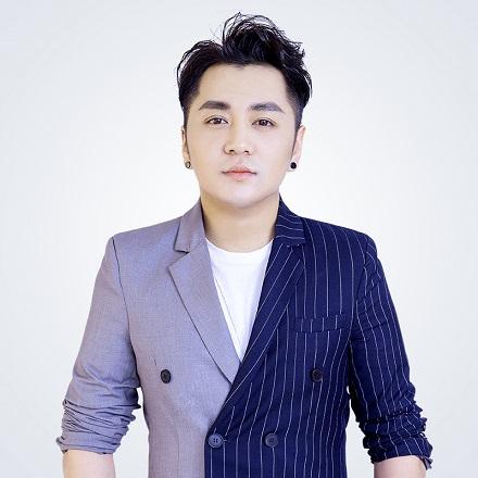 重慶一路時尚師資——蔡林佐/CHAESY