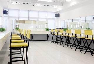 重慶一路時尚美妝培訓教室環境
